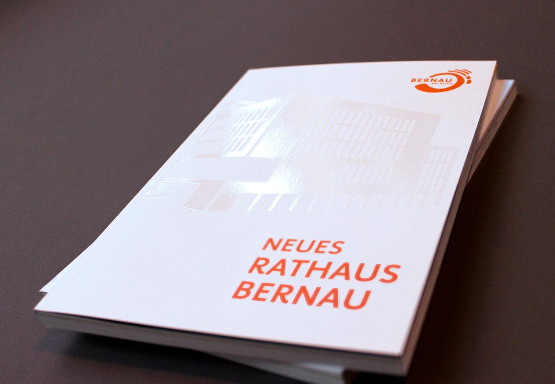 Bernau_Neues_Rathaus_Broschuere_01