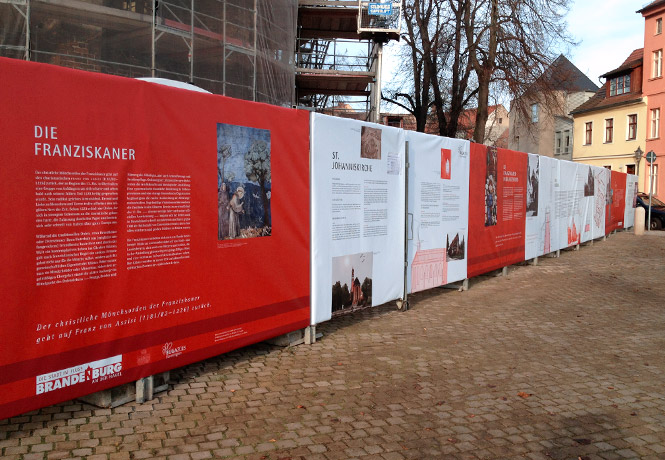 Brandenburg_Bauzaun_Johanniskirche_FischundBlume_04