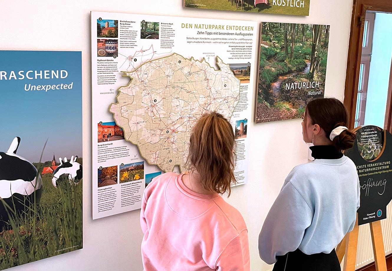 Naturparkzentrum_Hoher_Flaeming_Ausstellung_FischundBlume_31